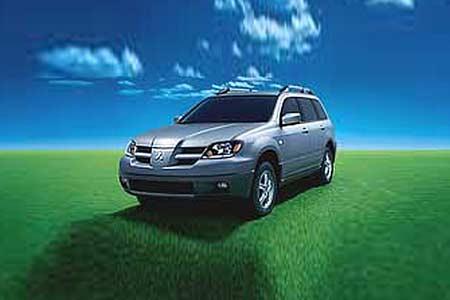 不按时保养汽车出现的问题故障高清图片